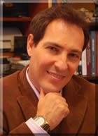 Carlos Harmitt, mestre em educação e administração escolar, ministra palestras e cursos de liderança